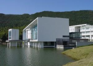 wang shu librairie chine pritzker 300x213 Wang Shu devient le premier architecte chinois lauréat du Prix Pritzker