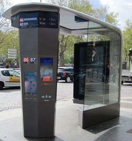 mobilier urbain intelligent paris Le mobilier urbain : nouvel outil stratgique damnagement pour les villes ?