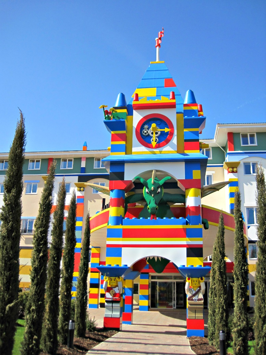Legoland resort hotel for Hotel insolite
