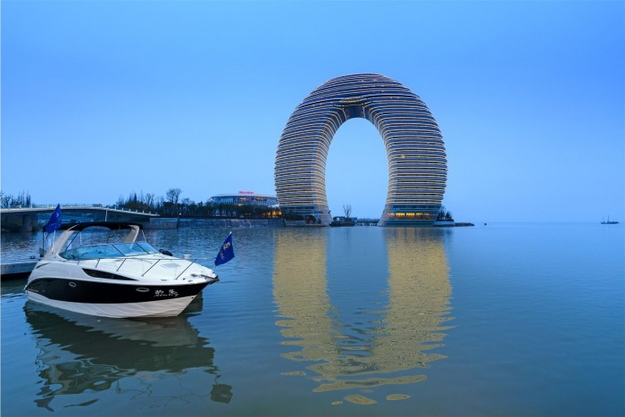hotel-chine-forme-anneau