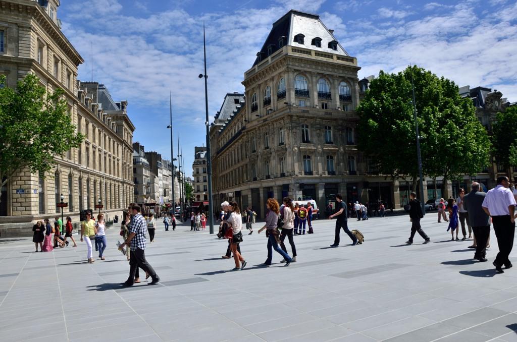 Inauguration de la Place de la RŽpublique, Paris