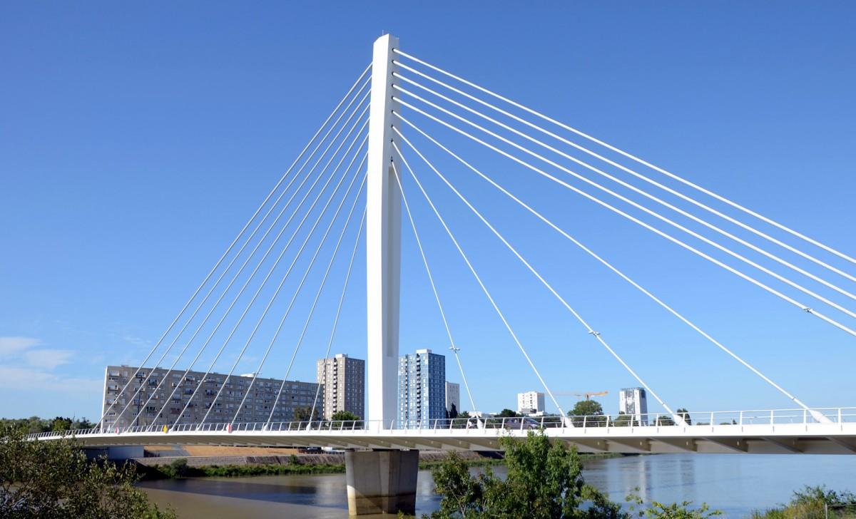 Nantes-Pont-Eric-Tabarly