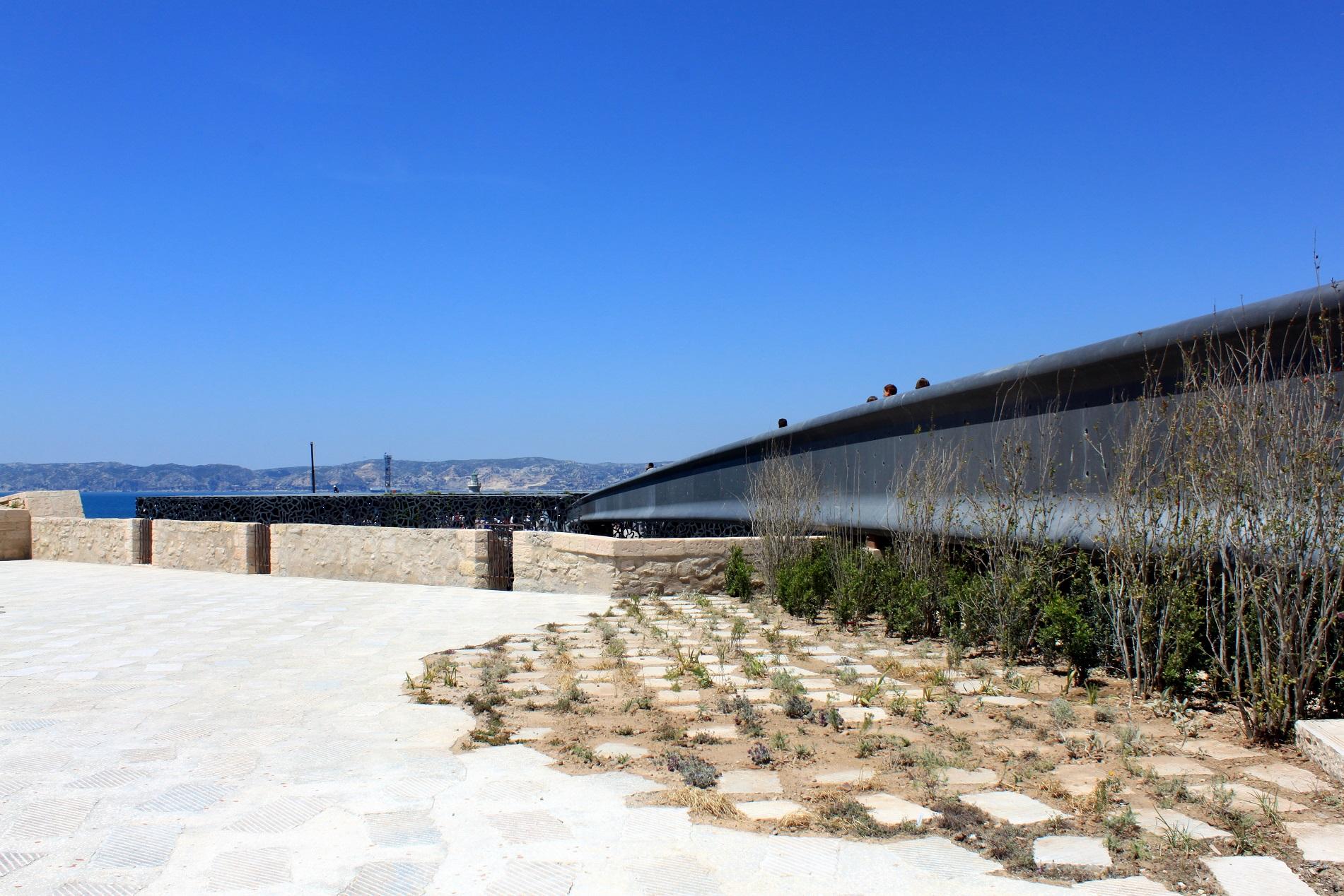 jardin-fort-saint-jean-marseille