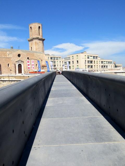passerelle-beton-mucem-fort-saint-jean-panier
