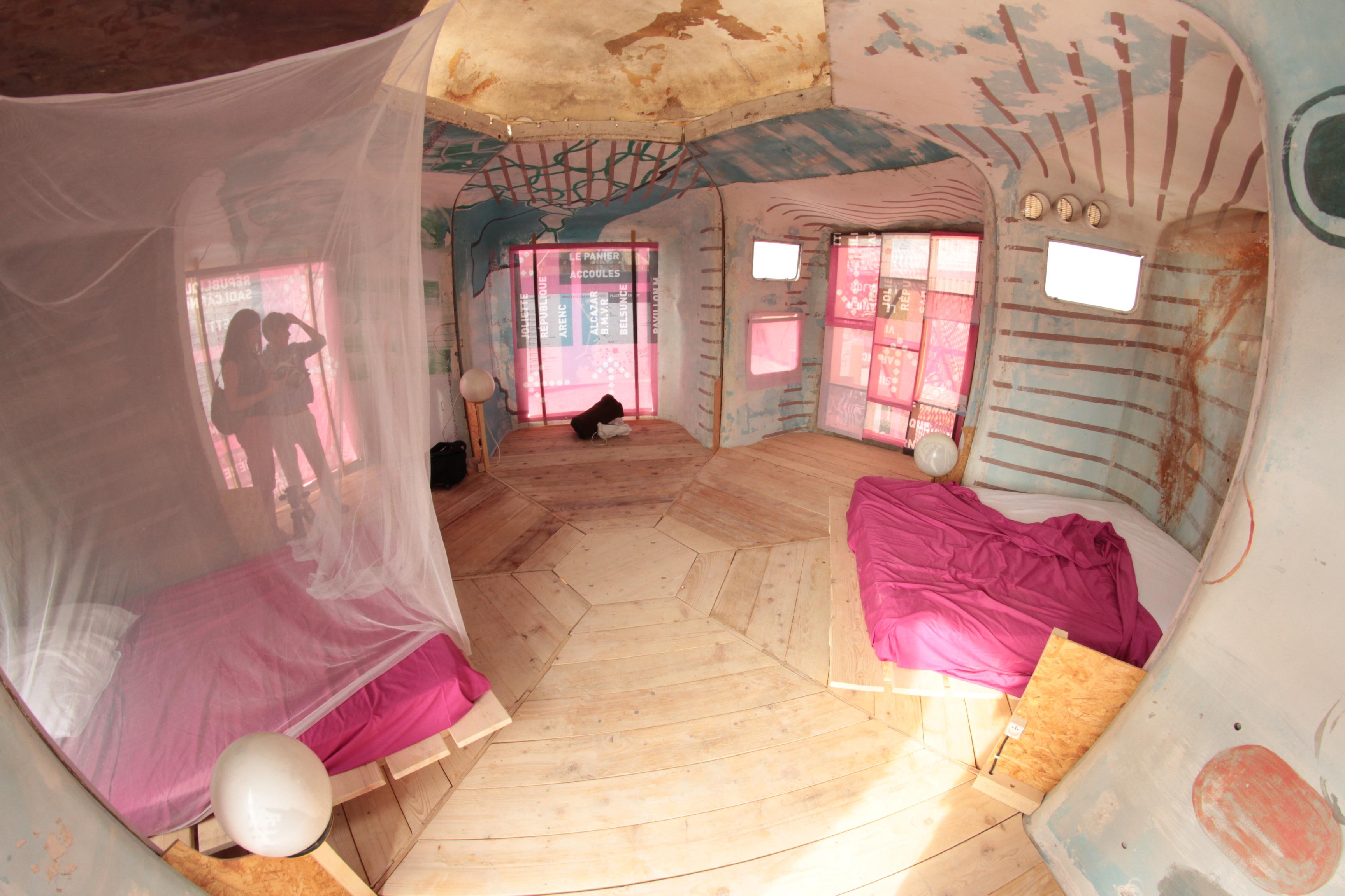 Un camping pour marseille 2013 capitale de la culture for Maison en bulle