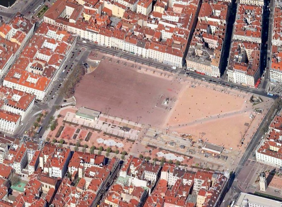 place-bellecour-avant-travaux