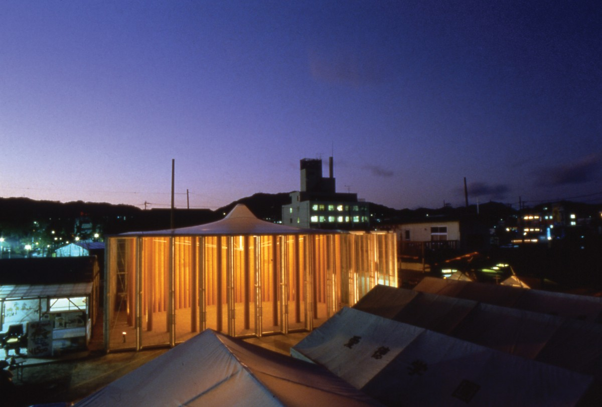 Shigeru Ban Paper Church 1200x811 Le lauréat du prix Pritzker 2014 est l'architecte Shigeru Ban