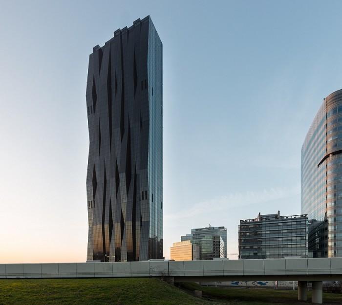 tour-facade-pliee-vienne-dc-tower