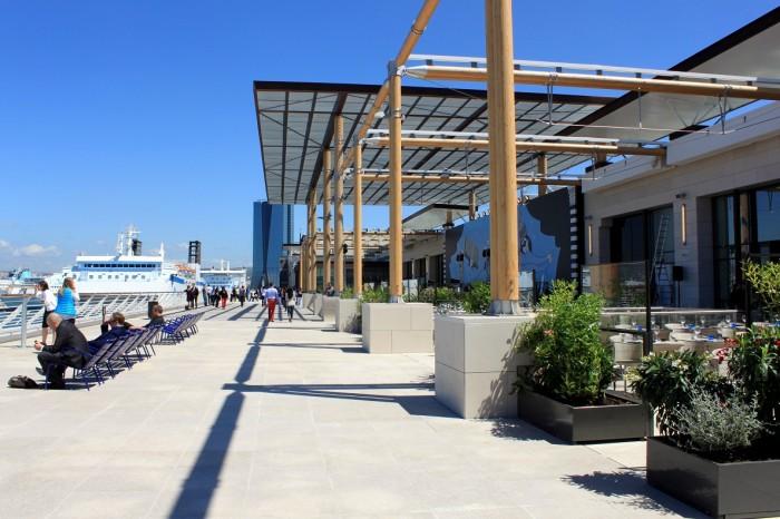 terrasse-exterieur-vue-mer-du-port