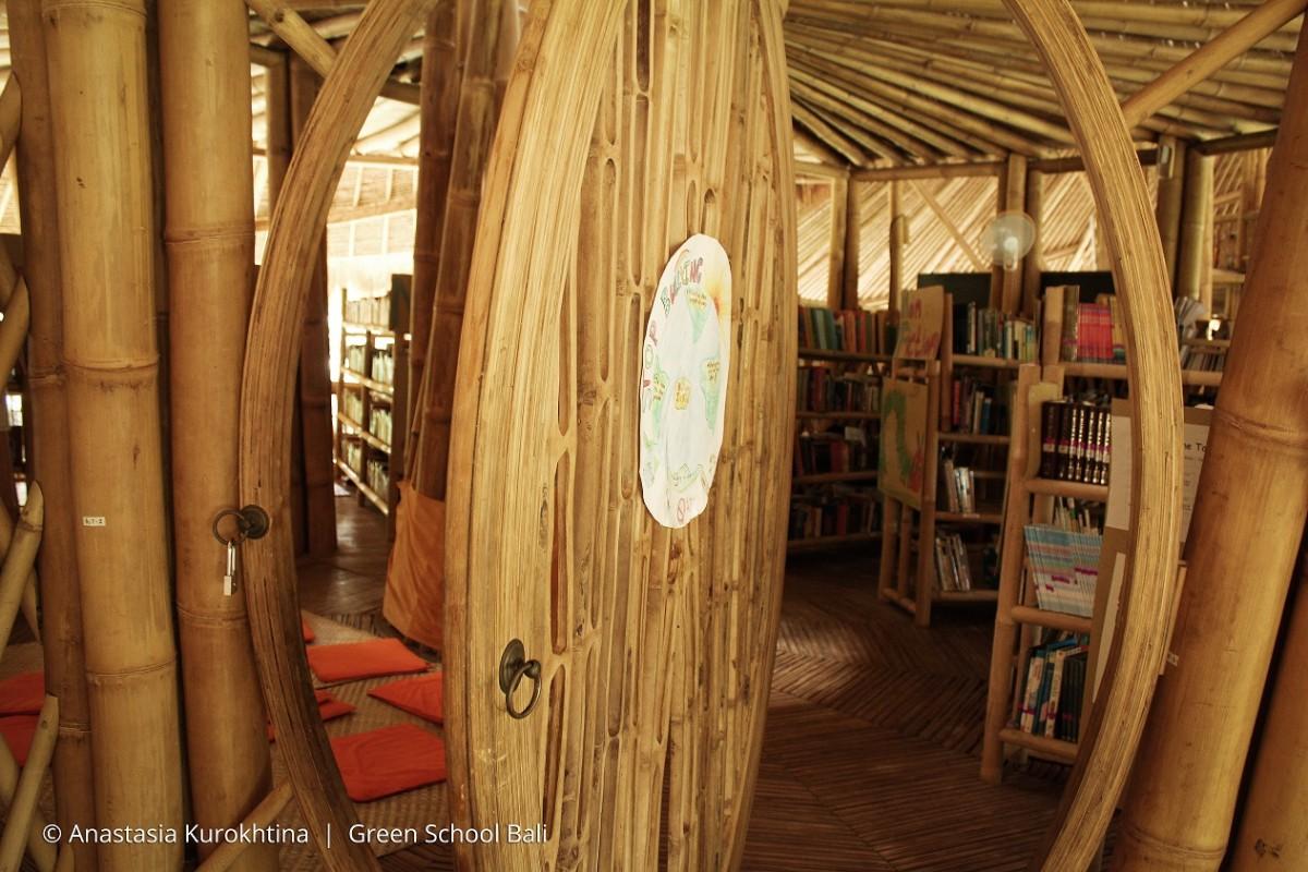 bibliotheque-ecole-verte-bali-bambou