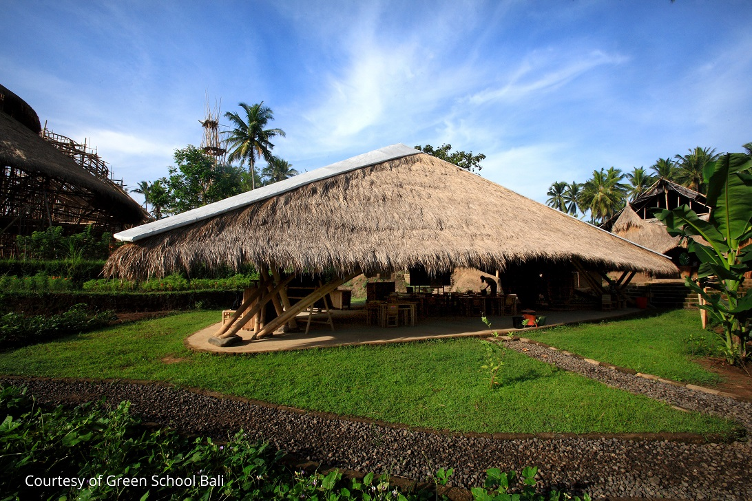 classe-primaire-construction-bambou-bali