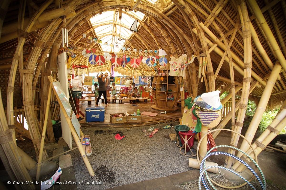 salle-classe-bambou-ecole-ecolo