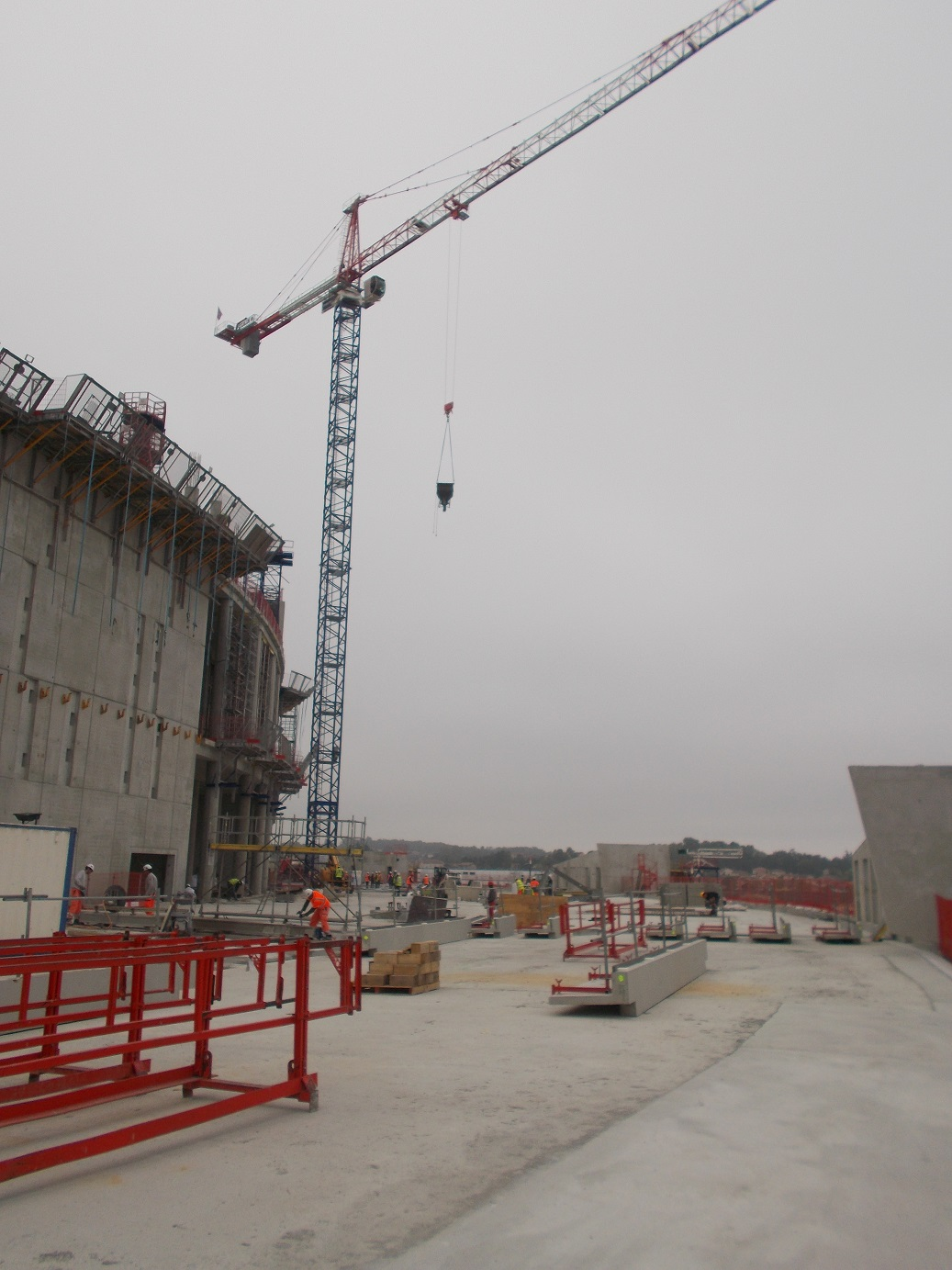 chantier-travaux-amenagement-parvis-stade-lyon