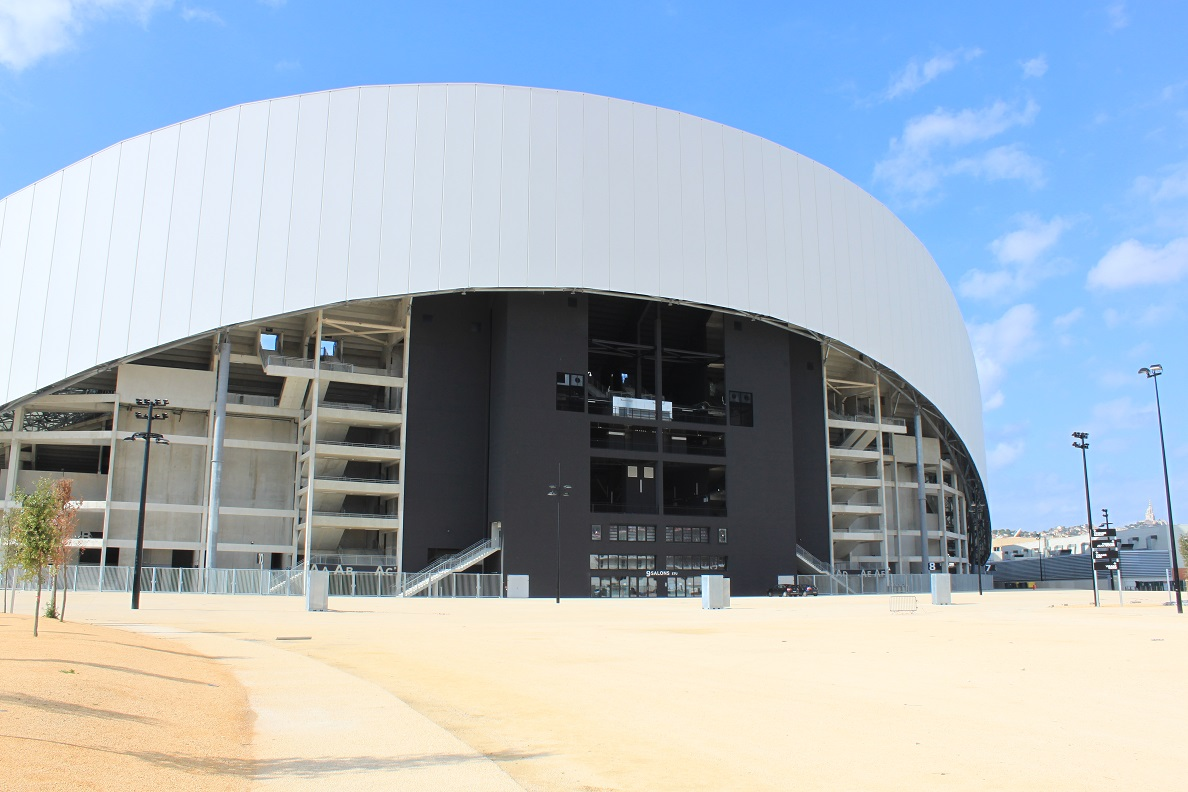 stade-velodrome-parvis-ganay