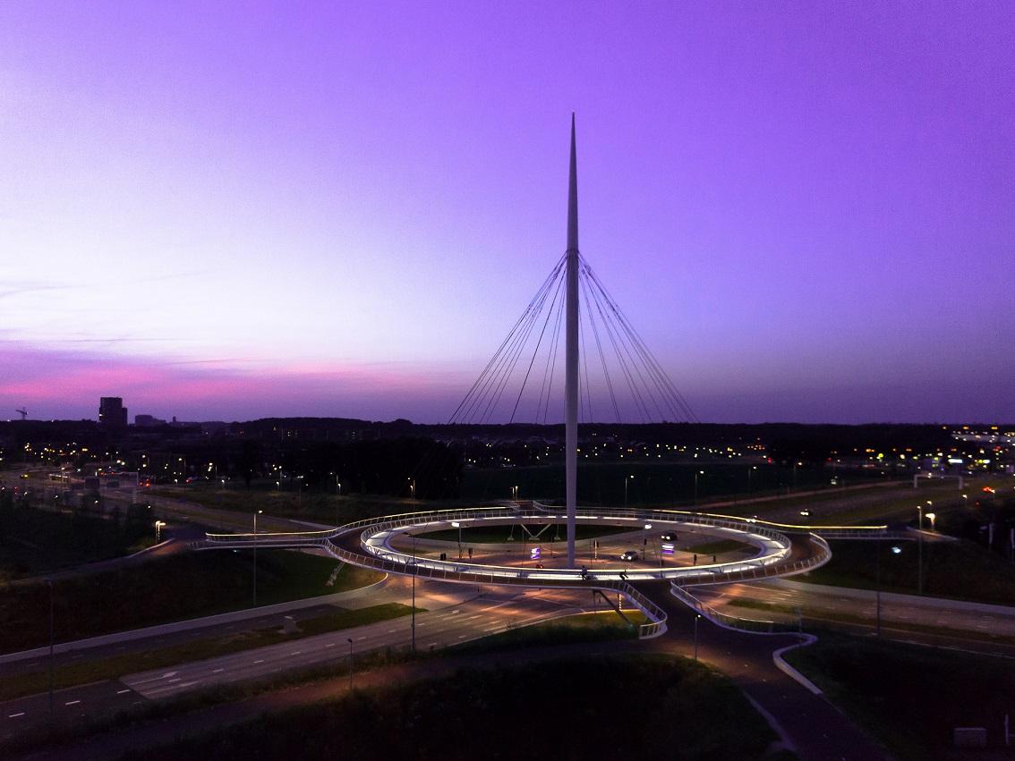 pont-suspendu-circulaire-design