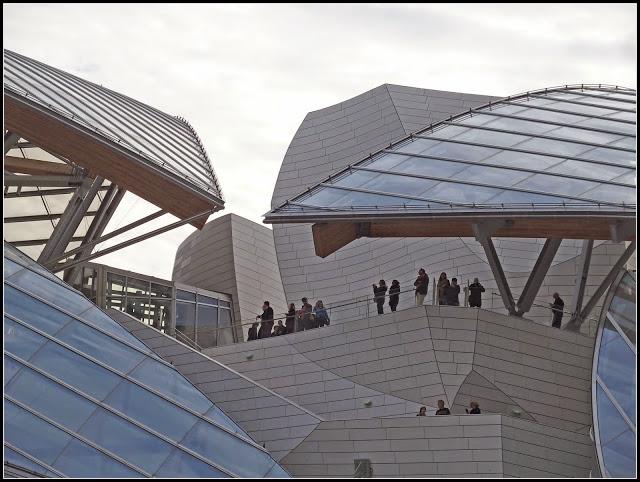 fondation-louis-vuitton-terrasse-panoramique