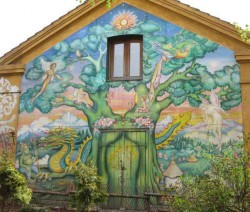 cristiana copenhague danemark fresque hippie1 250x212 Le quartier de Christiania  Copenhague : une utopie devenue ralit.