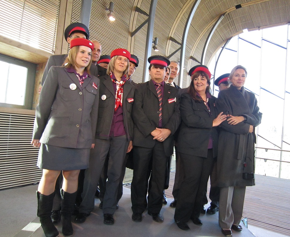 Inauguration des gares tgv de besan on et belfort for Montbeliard besancon