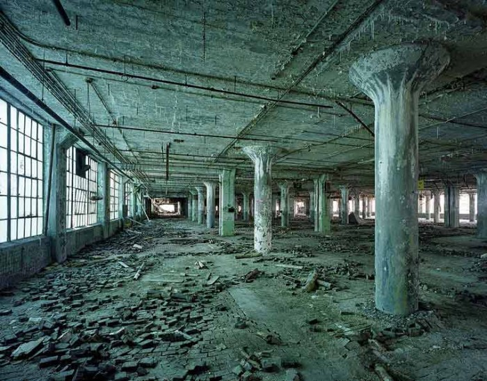 industrie-detroit-usine-ruine-yves-marchand
