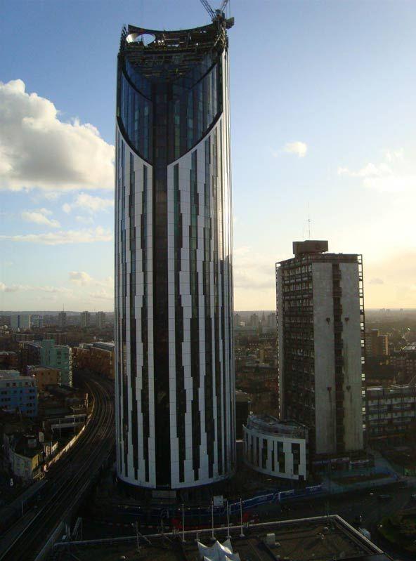 La tour strata un nouveau gratte ciel cologique dans le for Nouveau batiment londres