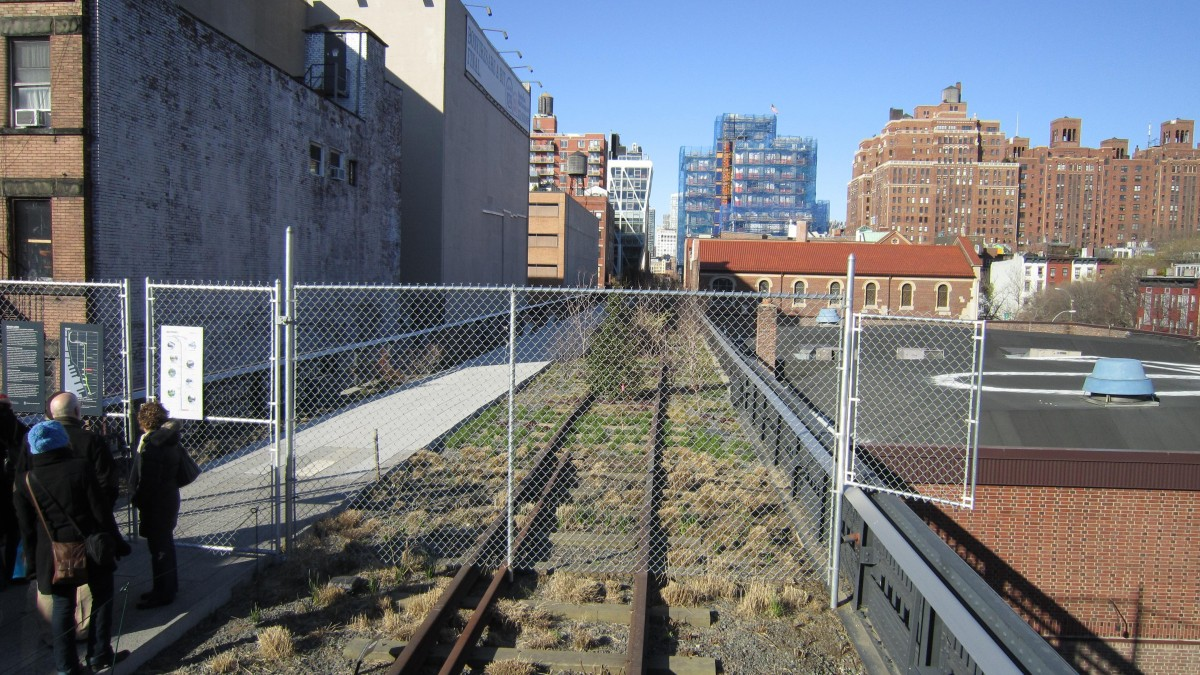 new york highline section 1200x675 La High Line à New York City : balade urbaine sur une ancienne voie ferrée