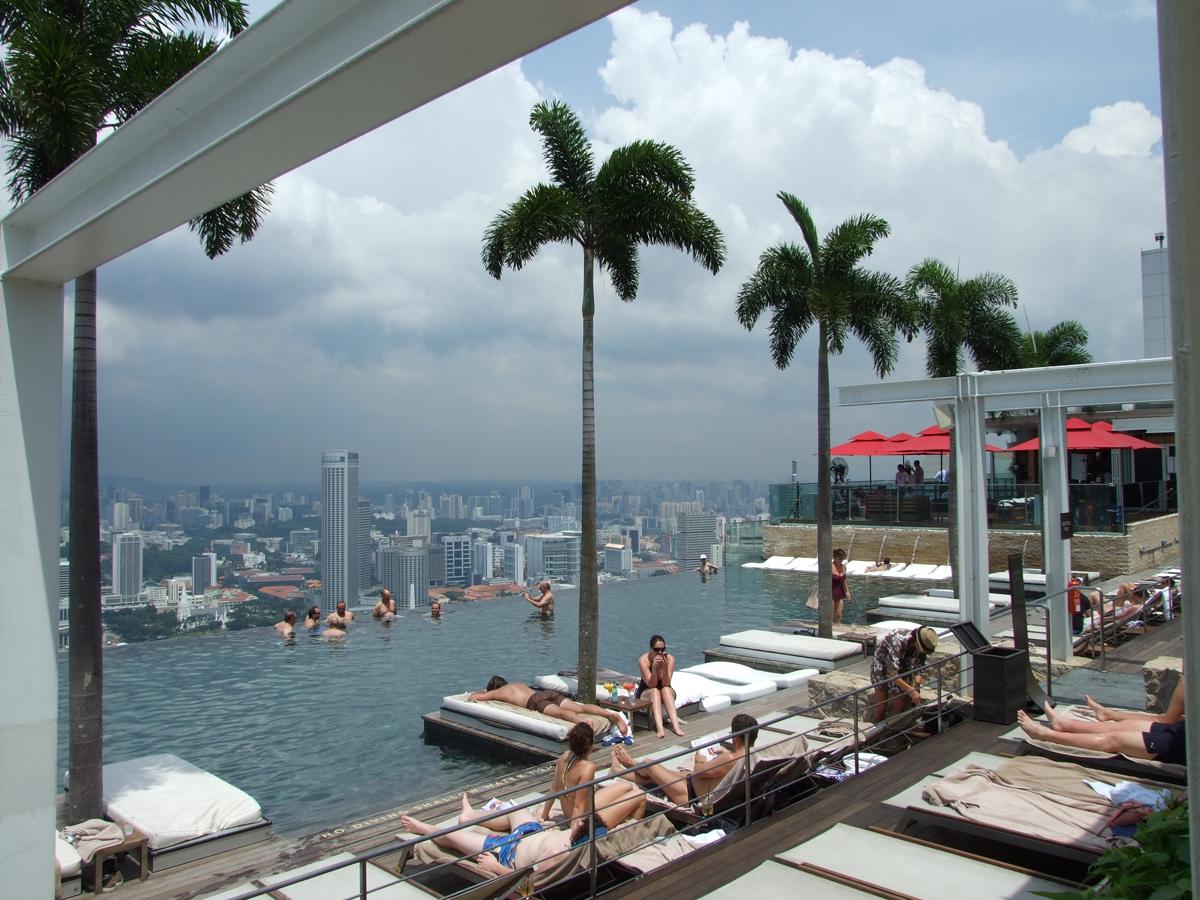 piscine 150metre toit hotel singapour