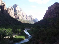 zion-national-park-utah-virgin-river
